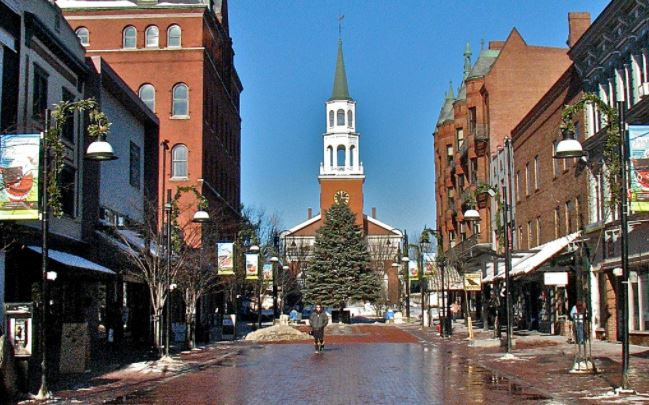 File:Burlingtonmainstreet.JPG