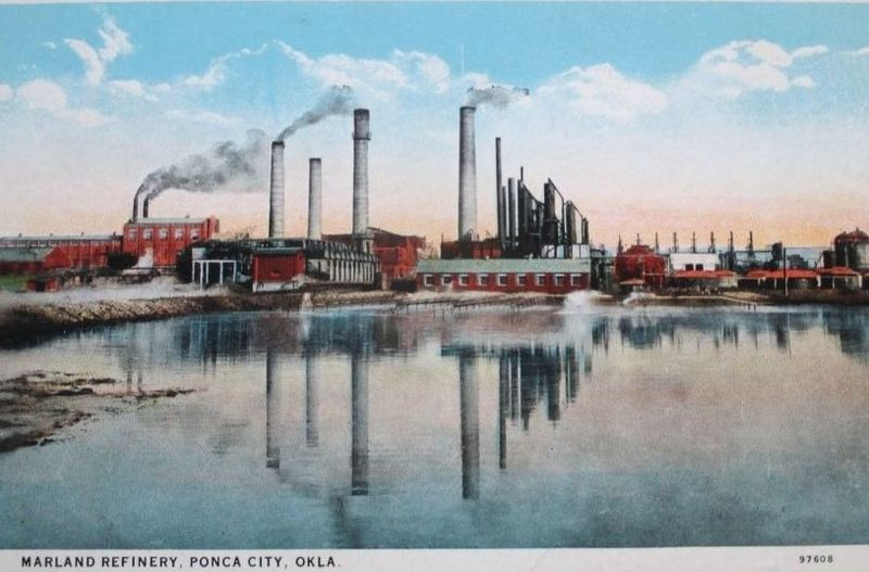 File:Marland refinery in 1930.jpg