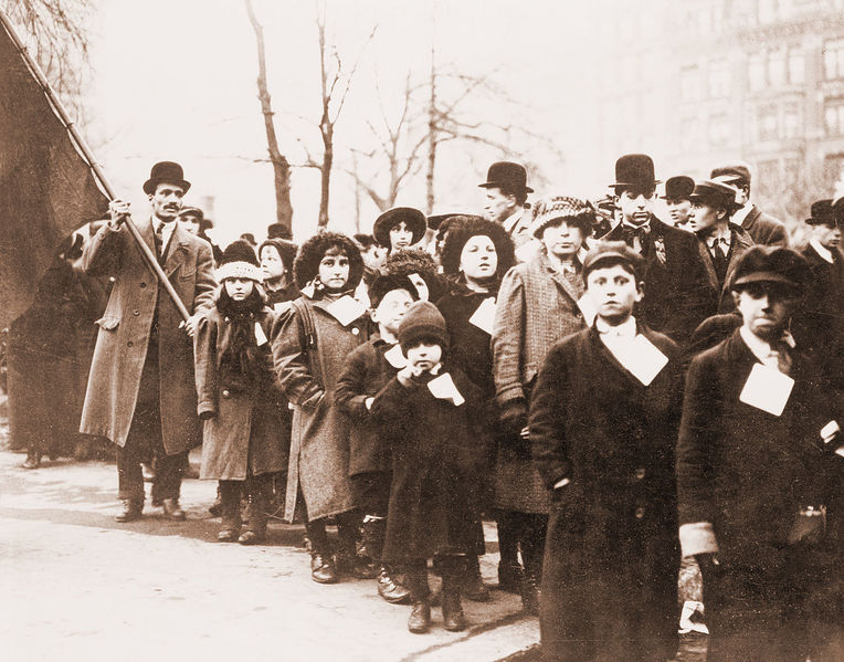 File:1280px-Lawrence-kids-1912.jpg